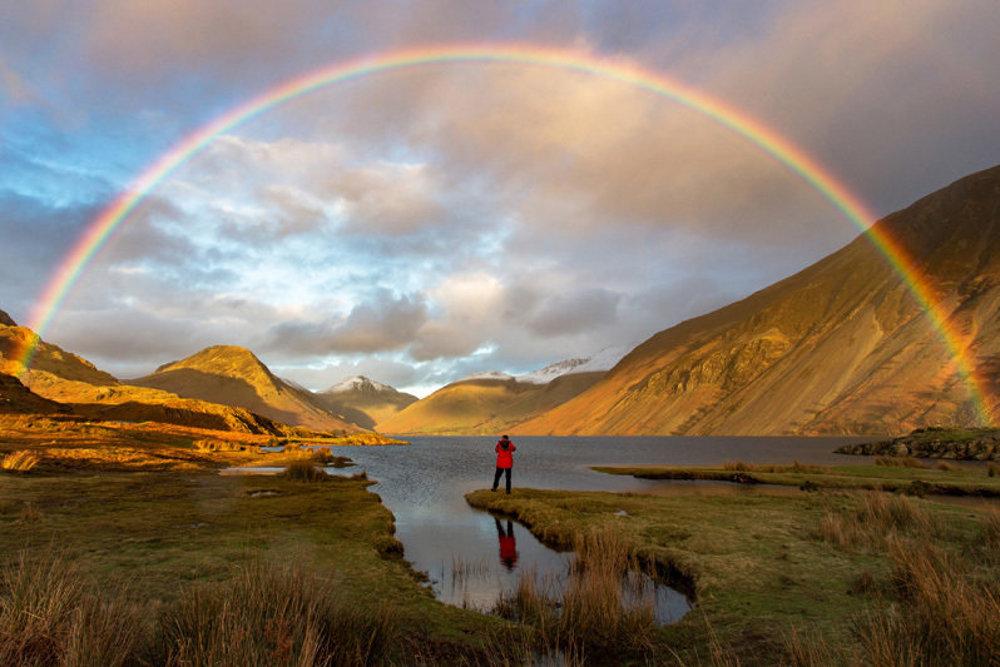 Hľadanie zlata, Wast Water, Cumbria, England.