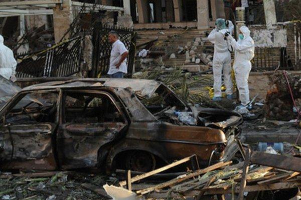 Následky výbuchu v meste Tripoli.