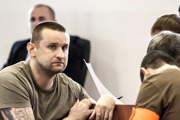 Juraj Ondrejčák alias Piťo počas pojednávania na súde v Pezinku.