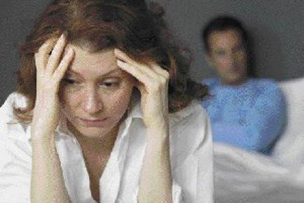 Mnohí ľudia trpia ťažkými depresívnymi stavmi a napriek tomu nevyhľadajú odbornú pomoc. Liečiť sa z depresie však nie je módny hit, ale nevyhnutnosť podstatná pre duševné zdravie človeka. ILUSTRAČNÉ