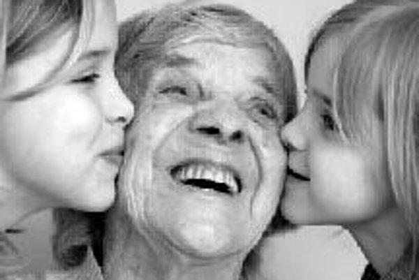 Šancu udržať si dobré mentálne schopnosti aj vo vyššom veku majú skôr ženy, ktoré nefajčia, nepijú alkohol a držia sa zásad zdravého životného štýlu.ILUSTRAČNÉ