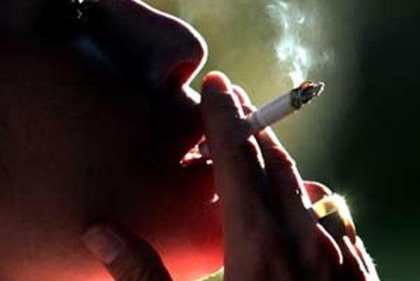 Fajčenie je častým dôvodom vzniku choroby.