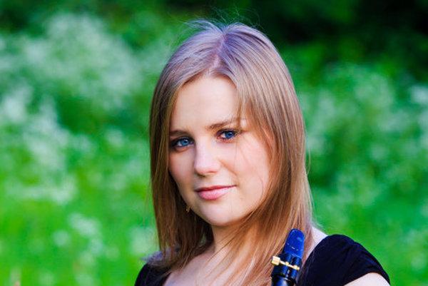 Mladučká saxofonistka. Alžbeta je rodáčkou z Košíc.