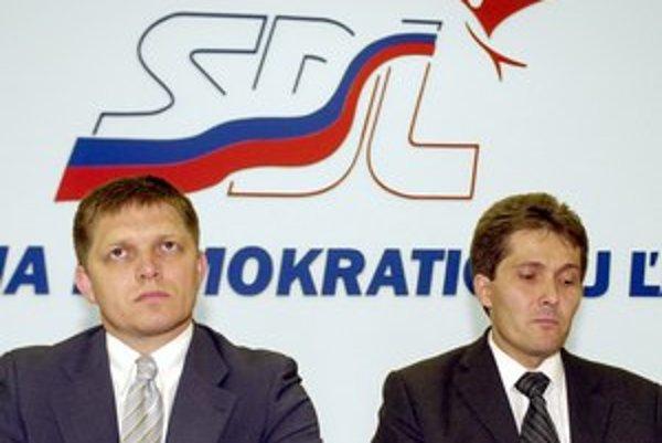 Šéf Smeru Robert Fico a predseda SDĽ Ľubomír Petrák rokovali o spolupráci strán od roku 2003.