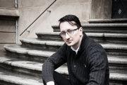 Jozef Karika pracoval v minulosti v Liptovskom múzeu, ako vedúci oddelenia na Mestskom úrade v Ružomberku a hovorca mesta.