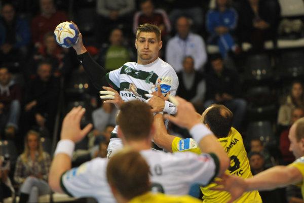 Oliver Rábek dal šesť gólov, ale zápas nedohral.