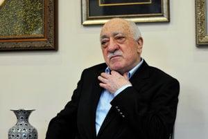 Pre údajné napojenia na Fethullaha Gülena zatýka Turecko svojich občanov už dva roky.