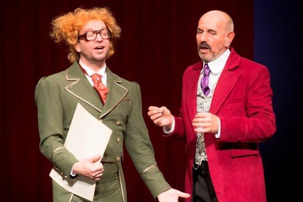Michal Soltész (vľavo) a Ivan Krúpa. Jeden ako zbormajster Muzikfuteral a kolega ako hudobný riaditeľ Sardelli.