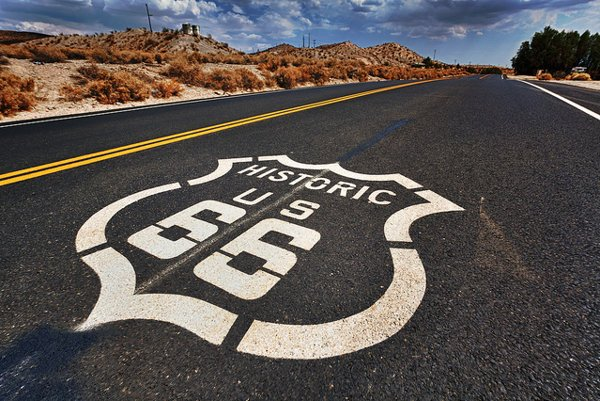 Route 66 je najznámejšia americká cesta.