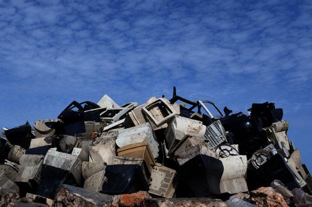 Elektroodpad dovážajú do Ghany z Európy aj USA.