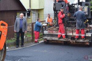 V Turzovke sa tešia znových asfaltových povrchov.