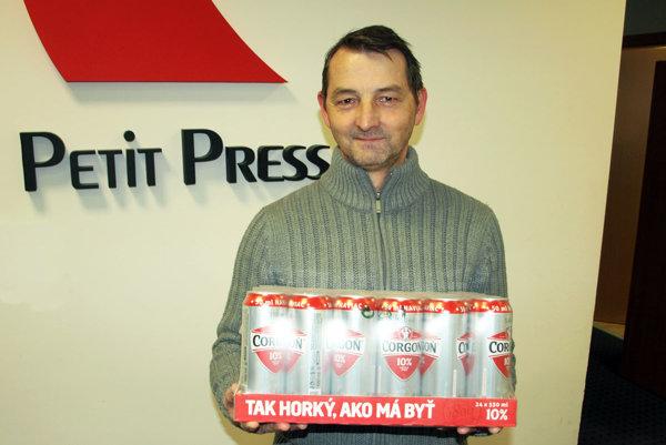 Pre kartón piva si prišiel víťaz 14. kola Ľubomír Turňa z Nitry.