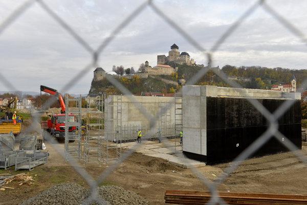 Modernizácia železničnej trate pri Trenčíne.