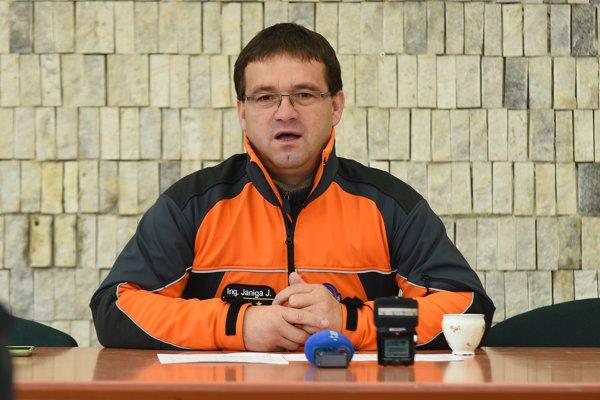 Riaditeľ Horskej záchrannej služby Jozef Janiga apeluje na turistov, aby v zimných Tatrách mysleli na výstroj.
