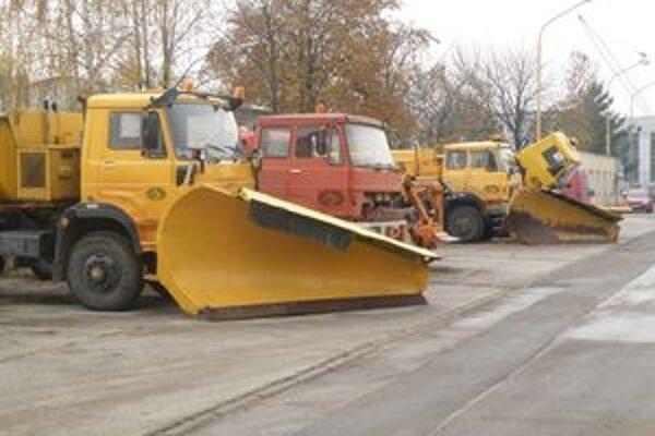 Cestári tvrdia, že napriek zastaranej technike sú na tohtoročnú zimu pripravení.
