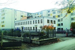 Budova na Budovateľskej ulici vŠali sa má zmeniť na robotnícku ubytovňu.