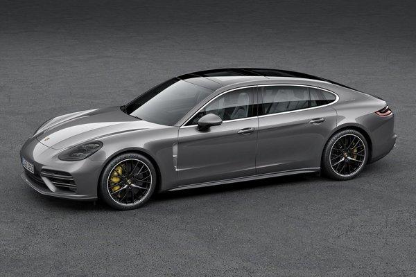 Porsche Panamera Executive s predĺženým rázvorom. Verzia Executive je určená pre tých, ktorí majú vlastného šoféra, a na jej pohon slúžia motory s maximálnym výkonom až 404 kW.