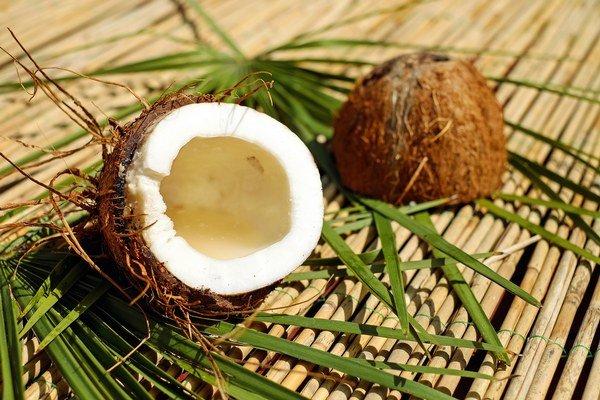 Najprv boli zázračné olivy, teraz kokosový orech.