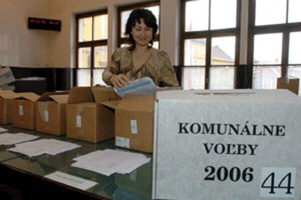 Veľa volebných materiálov bolo potrebných aj pri komunálnych voľbách prd štyrmi rokmi.