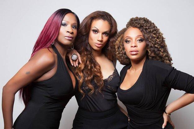 American Divas odmietli koncert v Bielom dome pre dohodnuté koncerty na Slovensku.