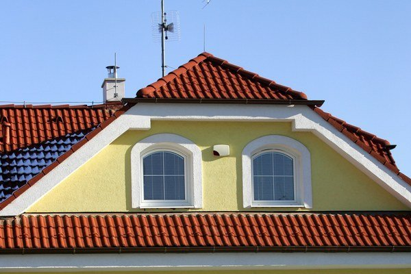 Úľava na daň zo stavieb na bývanie sa viaže na trvalé bývanie. Inak sa platí bežná sadzba.