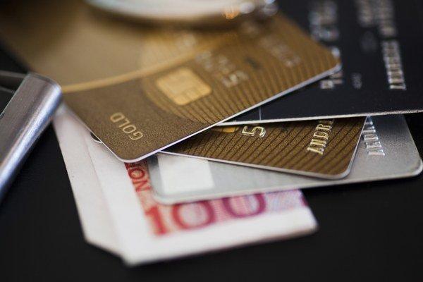 Od roku 2009 je priemerný ročný objem transakcií v strednej a východnej Európe približne 3,5 miliardy eur.