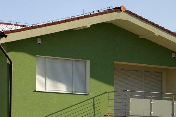 Znalec prihliada na konštrukciu domu a jeho stav. Dôležité je lokalita.