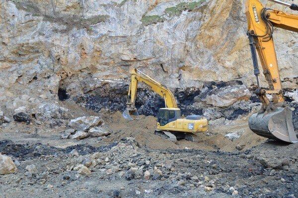 Projekt sanácie ukončili koncom októbra, v decembri lokalitu ešte čistili a revitalizovali.