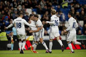 Enzo Zidane (tretí zľava).