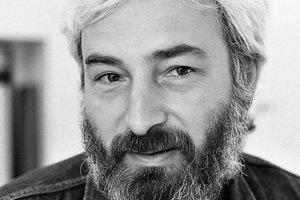 Hudobník Dežo Ursiny.