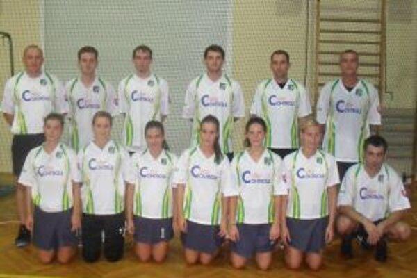 Slovenskú reprezentáciu tvoria hráči SKK Prievidza.