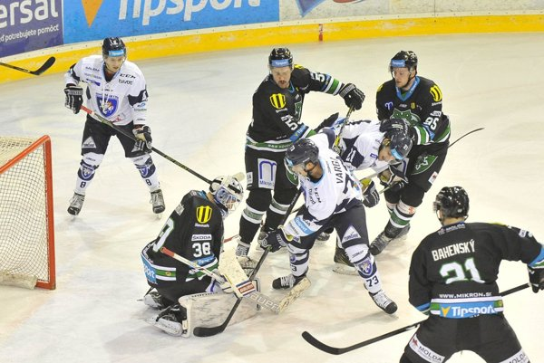 Martinský útočník Róbert Varga v zápase s Novými Zámkami nesklamal. Dal aj gól, škoda, že napokon nestačil ani na bod.