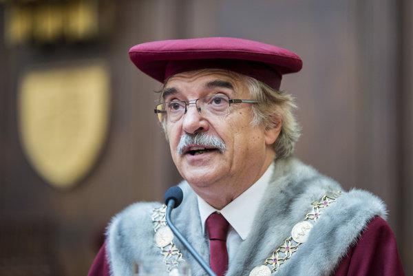 Rektor Univerzity Komenského Karol Mičieta.