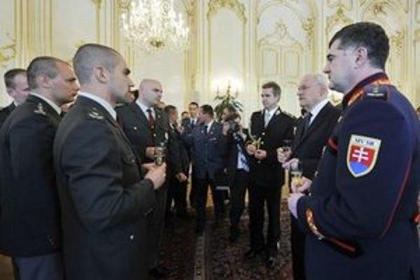 Záchranári u prezidenta.