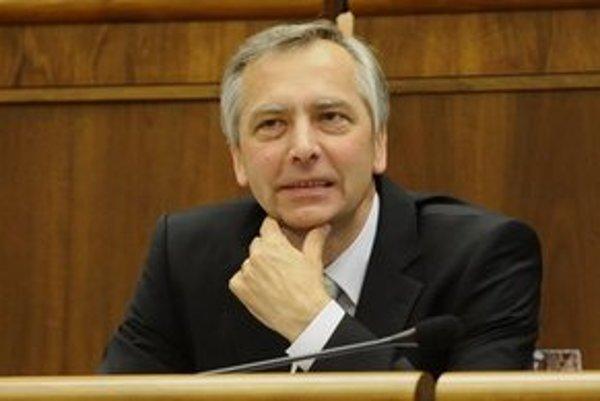 Exminister dopravy a predseda KDH Ján Figeľ.