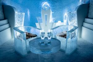 Posedenie v ľadovom bare.