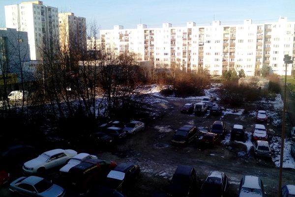 Poslanec Cibulka navrhuje odkúpiť pozemok do vlastníctva mesta.