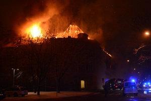 Požiar budovy UPJŠ v Košiciach.