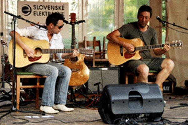 Na koncerte sa predstavili aj prievidzskí hudobníci René Lacko a Roman Mečiar.