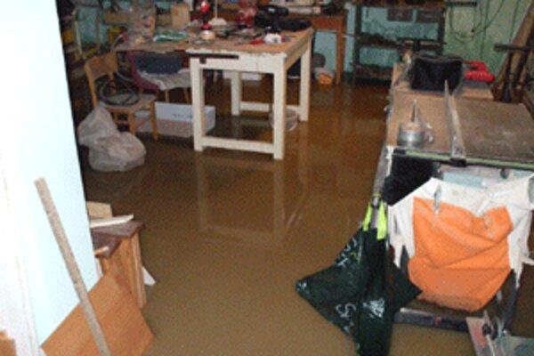 Po povodni zostal zaplavený suterén Domu kultúry v Prievidzi.
