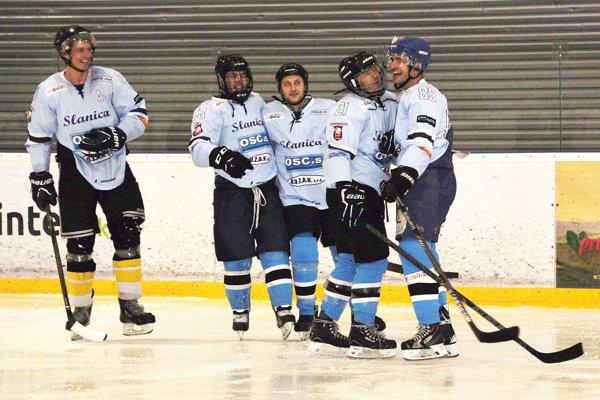 Hokejisti Slanice začali víťazstvom aj odvetnú časť.