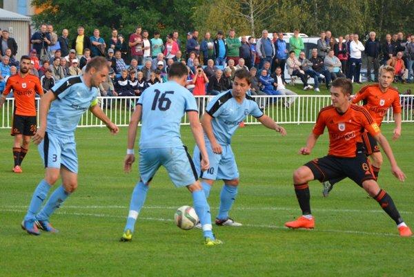 Futbalisti Šimonovian počas jesennej časti odohrali pohárový zápas aj proti Ružomberku, účastníka najvyššej slovenskej súťaže.