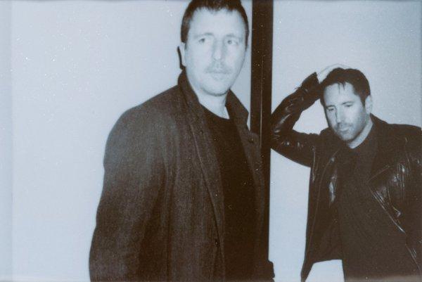 Trent Reznor (na snímke vpravo) priniesol do kapely aj svojho parťáka skladateľa Atticusa Rossa (na snímke vľavo).