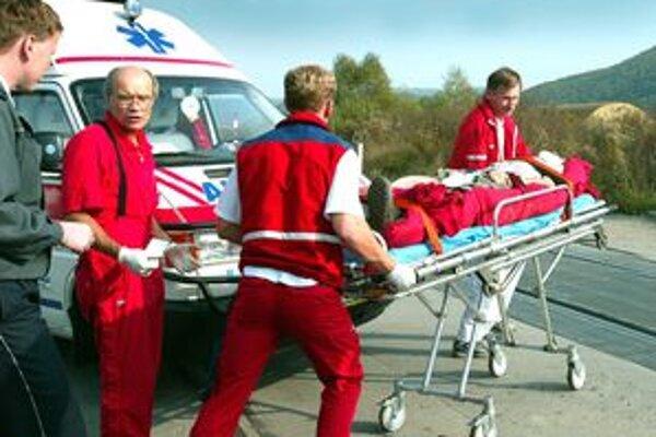 Záchranári sa v tomto období musia obracať.