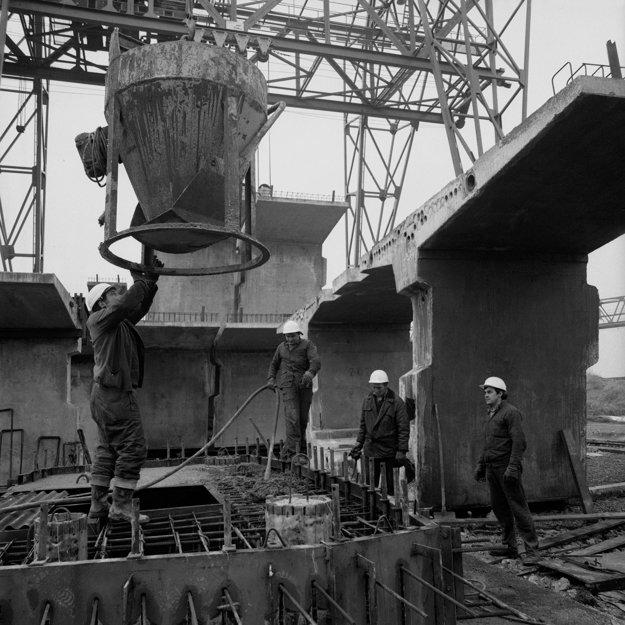 Stavba diaľnice v Liptove.