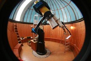 Nočnú hviezdnu oblohu si môžete prísť pozrieť do hvezdárne v Kysuckom Novom Meste.