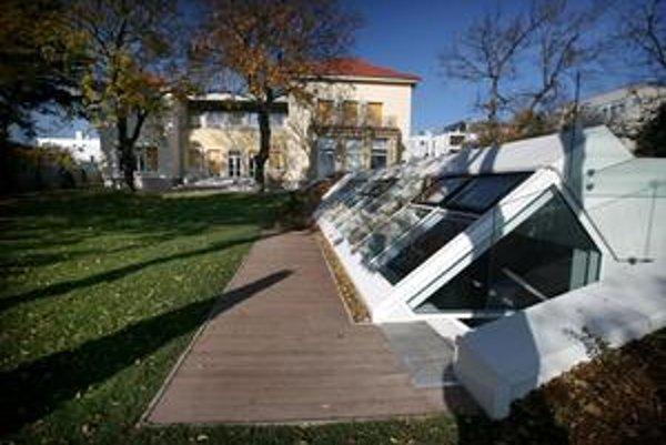 Vila rekonštruovaná pre Roberta Fica je plná luxusu.