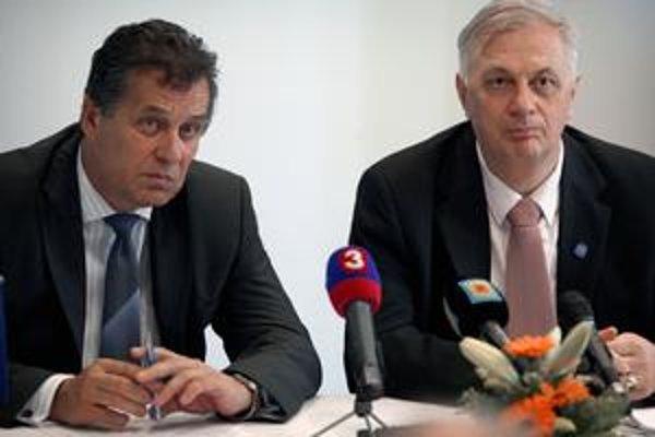 Michala Sýkoru nahradí Jozef Dvonč zo Smeru (vľavo).