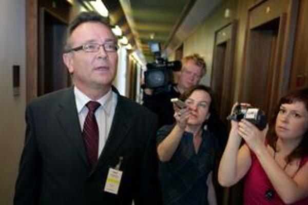 Ladislav Tichý je prinajmenšom do piatka budúceho týždňa šéfom prokuratúry.