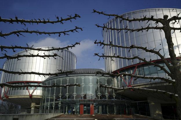 Budova Európskeho súdu pre ľudské práva v Štrasburgu.